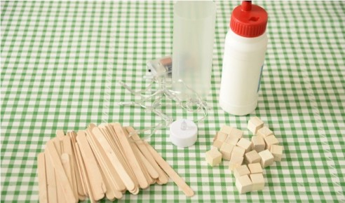 popsicle-stick-lamp-dip-feed-1